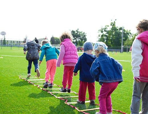 Kviečiame steigti naujus ir plėsti jau veikiančius vaikų dienos centrus