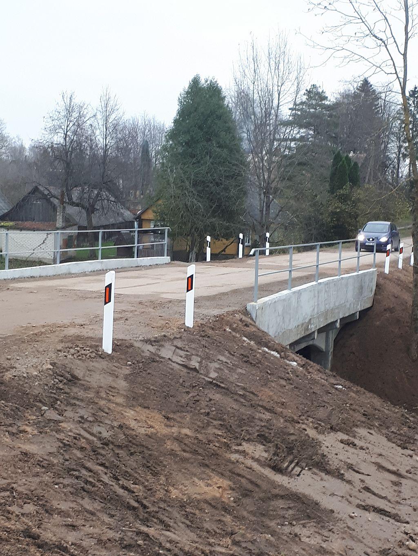 Atnaujintas Panemunėlyje tiltas per Nemunėlio upelį